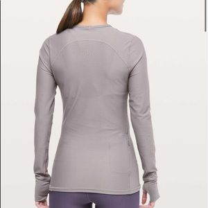 NWOT Lululemon Zoned In Long Sleeve